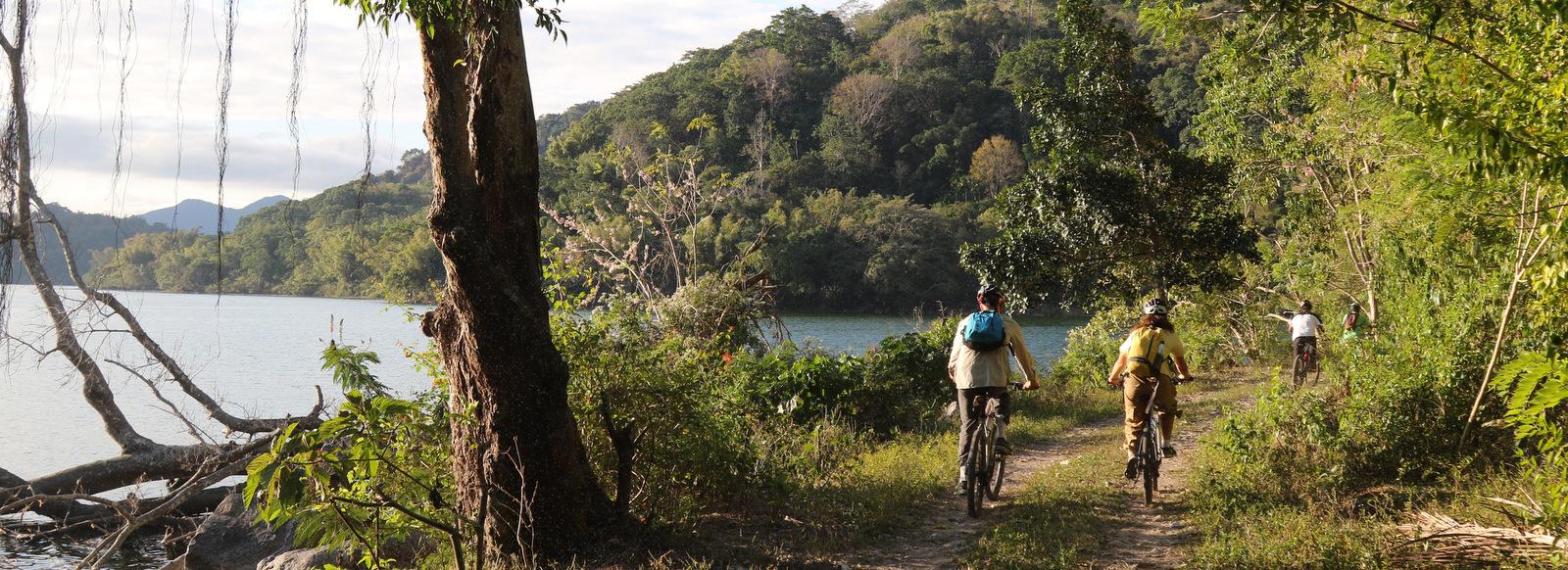Cycling Flores Komodo - Tours